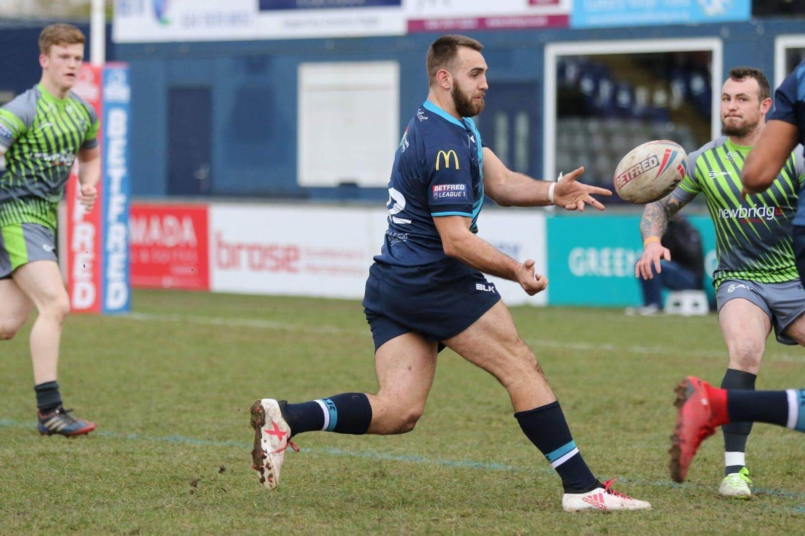 Coventry captain Chris Barratt joins North Wales Crusaders