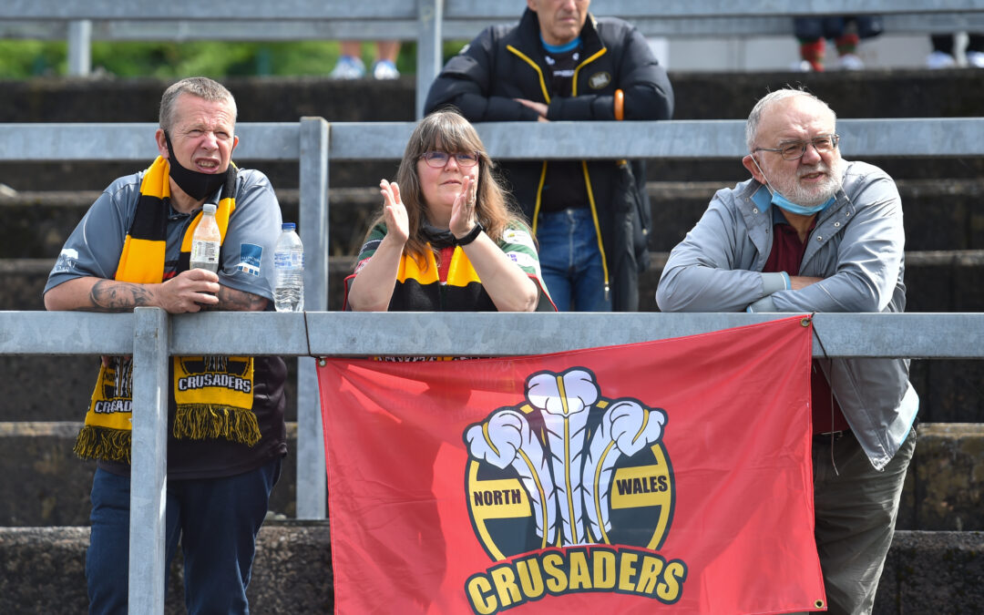 Stadiwm ZipWorld hits the spot for Crusaders fans Stephen and Michelle